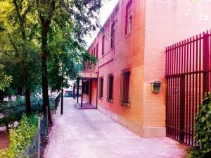 Fachada antigua Scout Madrid Hostel
