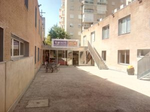 Patio Scout Madrid Hostel